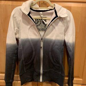 Lululemon limited edition scuba hoodie. Fabulous